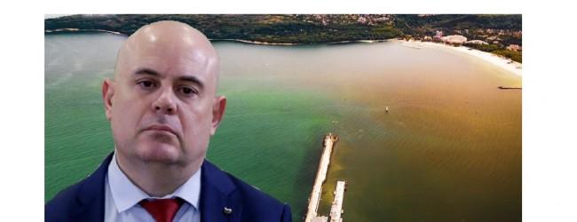 Фекални води пак изтичат във Варненското езеро!От 10 дена институциите мълчат! Прокуратурата – също!