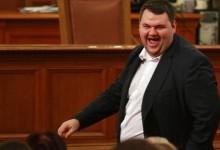 НСО продължава да пази Делян Пеевски!