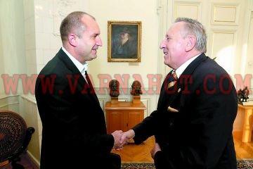 Академик Стефан Воденичаров ще е служебният премиер на Румен Радев