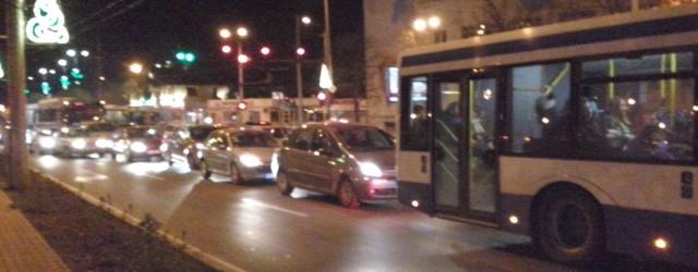 Варна отново е под блокада! Тотално задръстване в центъра, по основните булеварди и Аспарухов мост