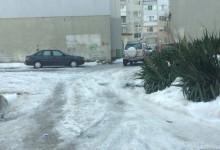 Видимите резултати: Седмица след падането на снега кварталните улички на Варна все още са непочистени