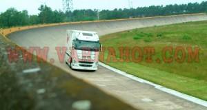 2021-Futuricum-Electric-Truck