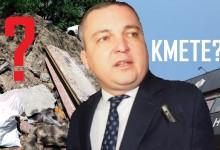 Осветяваме: Купища строителни отпадъци стоят със седмици след ремонта на тротоар в центъра на Варна