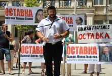 Борецът срещу банките адв. Светлозар Николов се изправи и срещу репресиите в адвокатурата