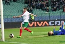 С два гола на Спас Делев България победи Холандия и остана в борбата за световното първенство догодина