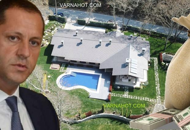 """Зам.-министър Манолев подаде оставка заради неговата """"Къщата за гости"""" построена с евросредства"""