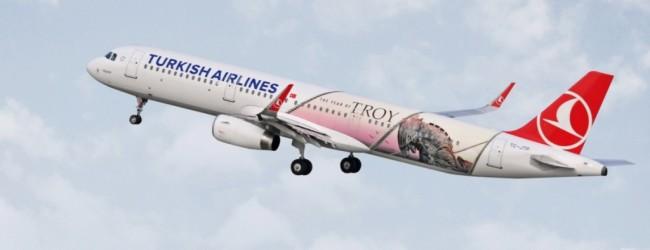 """Добрият пример: Turkish Airlines в помощ на туризма в Турция с тематичен самолет """"Троя"""" (ВИДЕО+СНИМКИ)"""