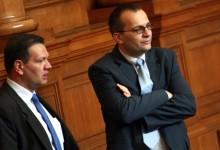 Борбата срещу картелите: Депутати предлагат по лек режим за данъчните складове