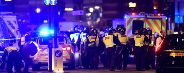 """Терористична атака в Лондон: Полицията застреля по """"безпрецедентен""""начин трима ислямски терористи  (ВИДЕО)"""