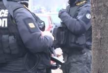 Полицията атакува офисите на Васил Божков