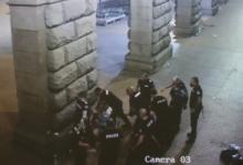 МВР откри още 11 полицаи-биячи на протестиращи