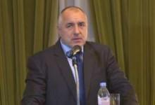 Емигранти атакуваха Борисов с неудобни въпроси за Пеевски! Родните медии мълчат!