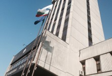 От мястото на събитието : Протестите пред Община Варна