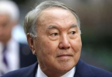 След цели 30 години управление президента на Казахстан се оттегля от поста