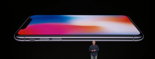 Технологии: От Apple представиха днес юбилейния си модел iPhone X с лицево разпознаване (снимки)