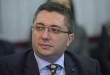 Оправдания от министър Нанков: Пет пъти искахме фирмата-изпълнител да ремонтира пътя, но не го направи