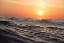 Слънце и вълни до 3 бала в морето