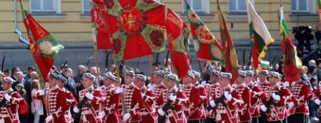Отбелязваме 6 май с голям военен парад с участието на танкове, изтребители и македонски военни