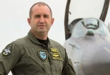 Президентът Радев като лъч надежда да спре унищожаването на Българските ВВС!