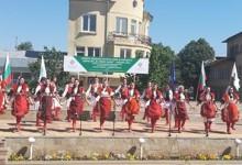 С над 400 самодейци и с 10 чевермета започна пролетния събор на народното творчество в Смядово