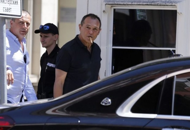 Васил Божков e избягал от страната. Бил ли е предупреден за акцията на полицията тази сутрин?