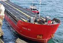 """Очаква се следобед във Варна да пристигнат баржите от Италия за разтоварването на кораба """"Vera Su"""""""