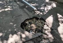 Община Варна полага маркировка в синята зона, но не и асфалт.
