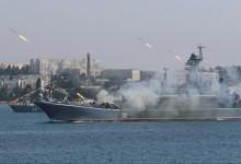 Напрежението между Русия и Украйна ескалира! Руски военни кораби откриха огън срещу украински катери