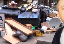 Центърът на Варна отново потъна в боклуци
