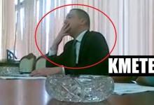 Кметът на Варна Иван Портних нарушава закона като пуши в сградата на общината (снимки + видео)