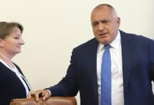 Сачева: Работата на Борисов е публична и може да се проследи по дни на фейсбук страницата му