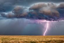 Времето: Идват гръмотевични бури и градушки
