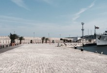 Обновената зона на Морска гара Варна – красива и ….. опасна!